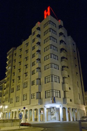 Photo of Aparthotel Arenteiro Carballino