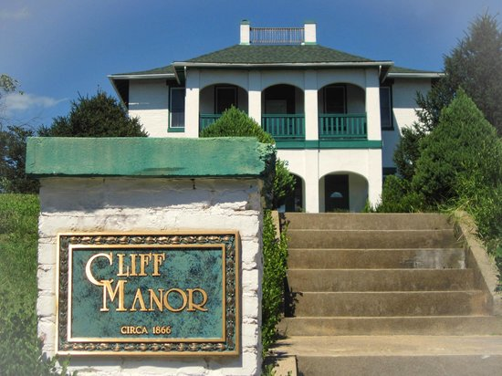 Photo of Cliff Manor Bed & Breakfast Inn Jefferson City