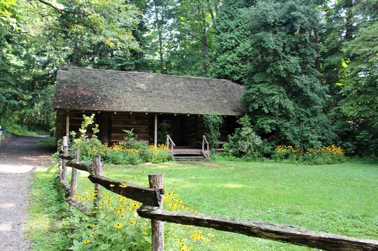 Another View Of Hayes Cabin Picture Of Botanical Gardens