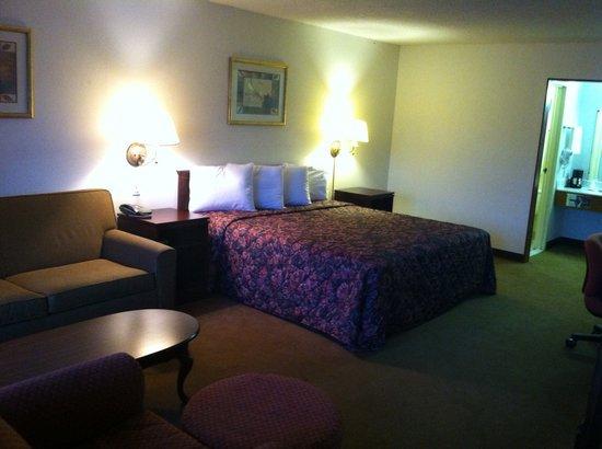 Rockwood Inn & Suites