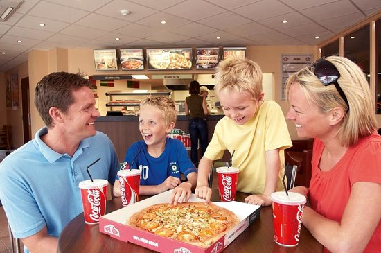 Caister-on-Sea, UK: Papa Johns Pizza Restaurant - take away & delivery too!