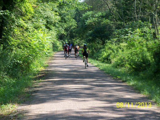 Get Out & Go Tours - Day Tours: On the Great Allegheny Passage