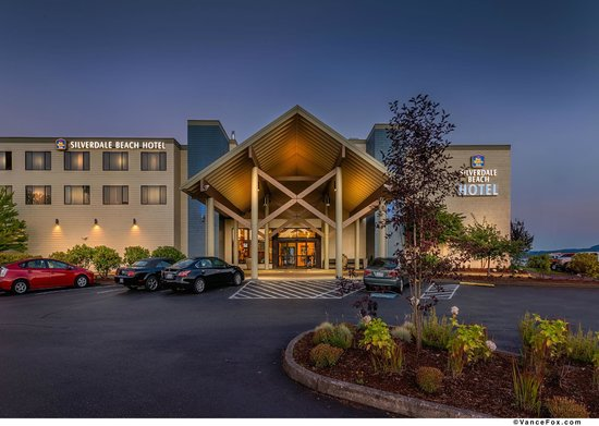 Photo of BEST WESTERN PLUS Silverdale Beach Hotel
