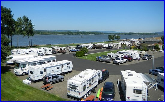 ‪Columbia Riverfront RV Park‬