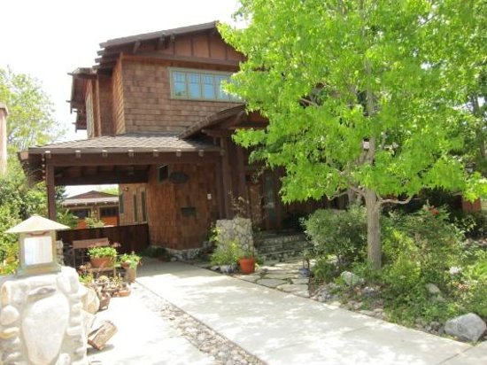 Craftsman House Bed and Breakfast Los Angeles