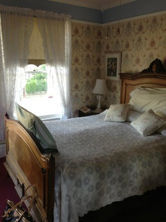 Roseberry House Bed and Breakfast