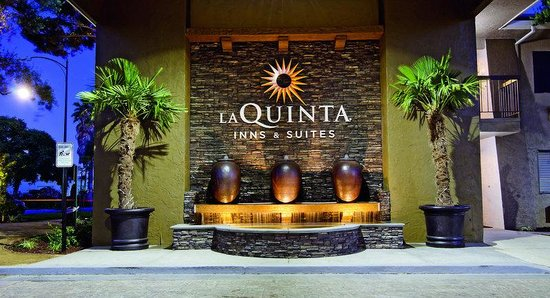Photo of La Quinta Inn & Suites San Jose Airport