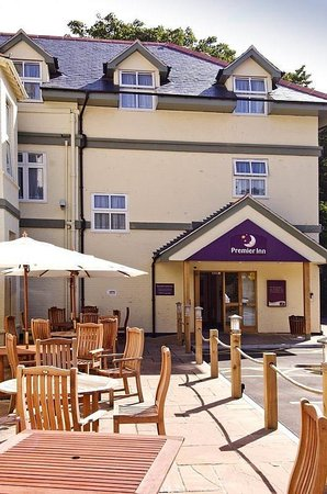 Premier Inn Bournemouth East (Lynton Court) Hotel
