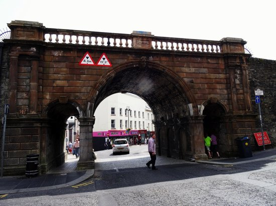 Walled city Londonderry