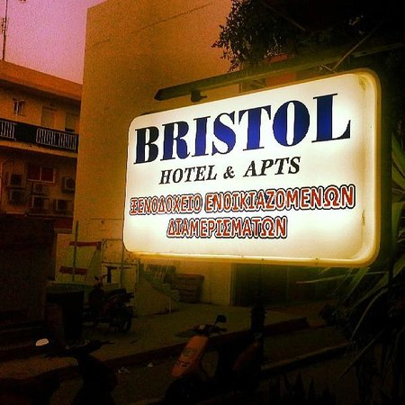 Bristol Hotel & Apartments