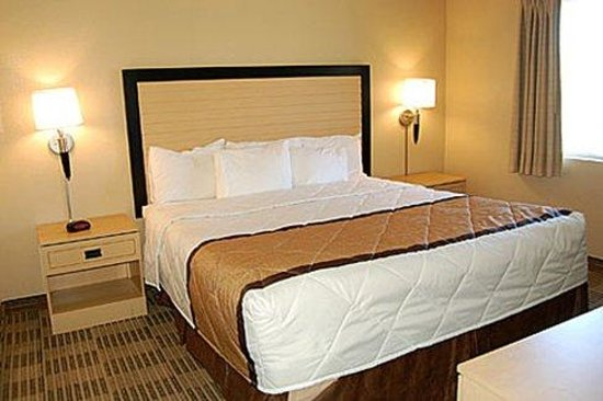 2 Bedroom Suite 1 King Bed Picture Of Extended Stay America Las Vegas Valley View Las