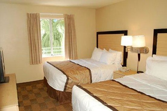1 Bedroom Suite 2 Double Beds Picture Of Extended Stay America Las Vegas Valley View