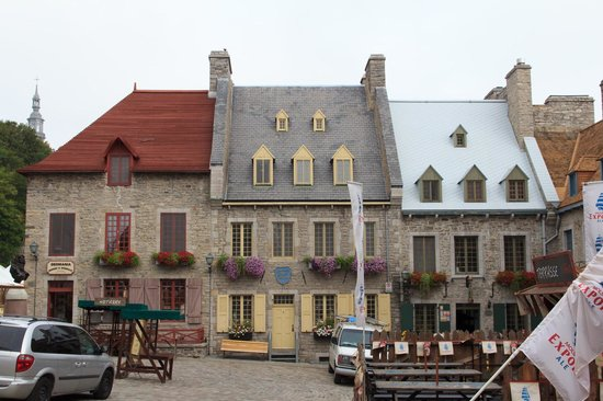 Only The Two Middle Roofs Are Quottraditionalquot  Picture Of Tours Voi