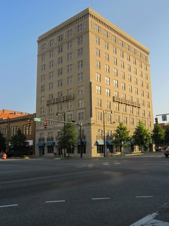 ‪Hampton Inn & Suites Montgomery-Downtown‬