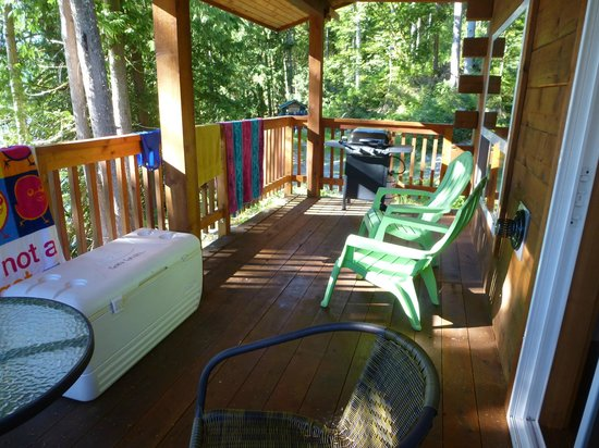 Homfray Creek, Canada: a deck on one of the cabins