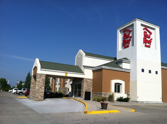 Photo of Red Roof Inn Fargo