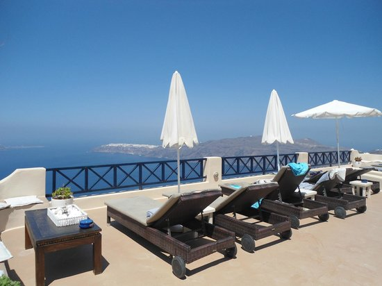 Afroessa Hotel: View from pool area