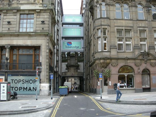 hotel review reviews travelodge edinburgh central queen street scotland