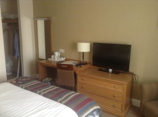 Village Urban Resort Coventry: room