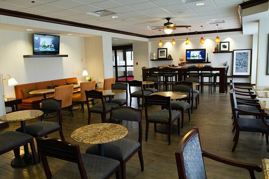 Photo of Hampton Inn Rochester-Irondequoit