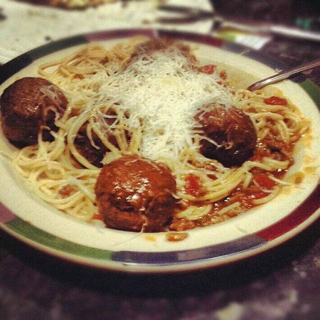 Frankie & Benny's Meadowhall Photo: meatballs on spaghetti