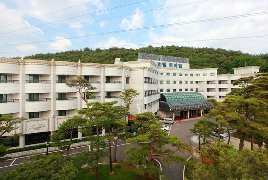 Photo of Gunsan Riverhill Tourist Hotel