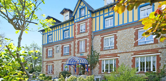 Photo of Les Camelias Hotel Bagnoles-de-l'orne