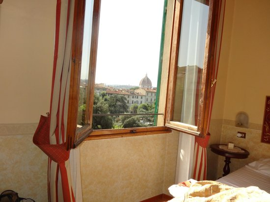 Hotel Andrea: View of the Duomo