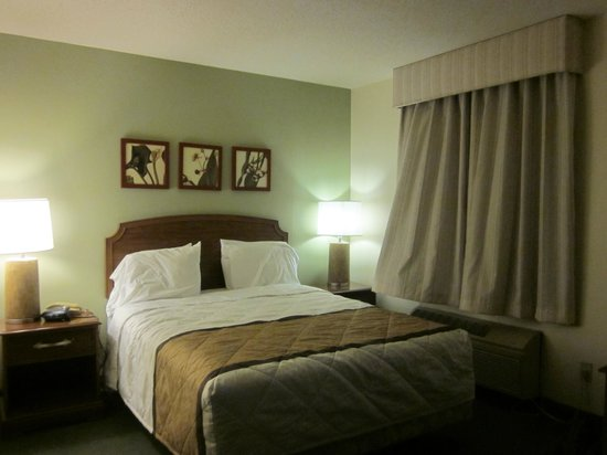 Extended Stay America - Washington, D.C. - Gaithersburg - North: bed