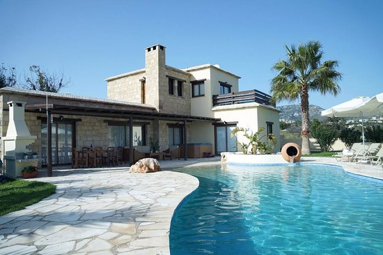Lithos Holiday Villas