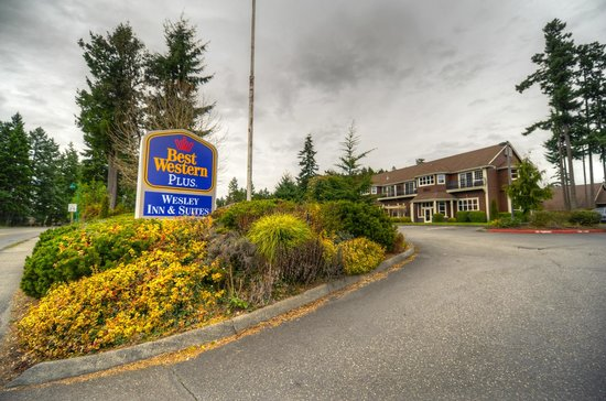 Photo of BEST WESTERN PLUS Wesley Inn & Suites  Gig Harbor