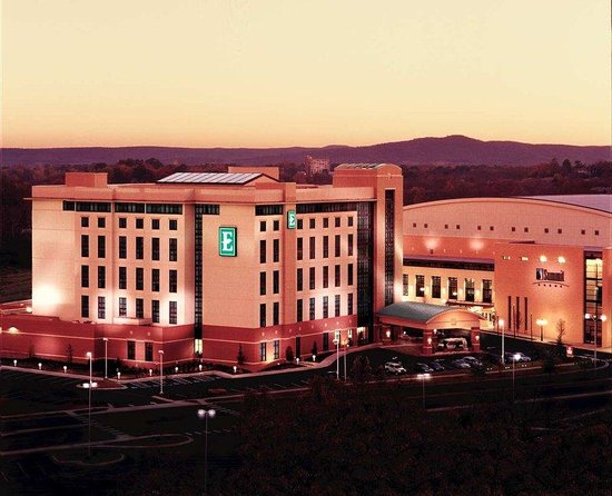Photo of Embassy Suites Hot Springs