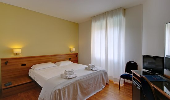 Photo of Hotel Mistral 2 Oristano