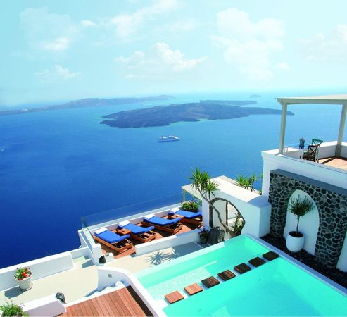Iconic santorini a boutique cave hotel imerovigli for Five star boutique hotels