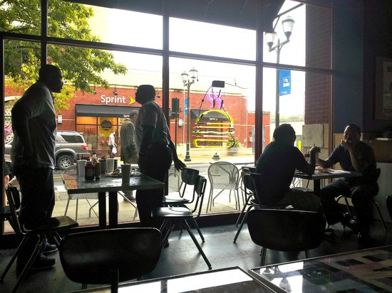 BGR Burger Joint: Looking outdoors from inside BGR The Burger Joint