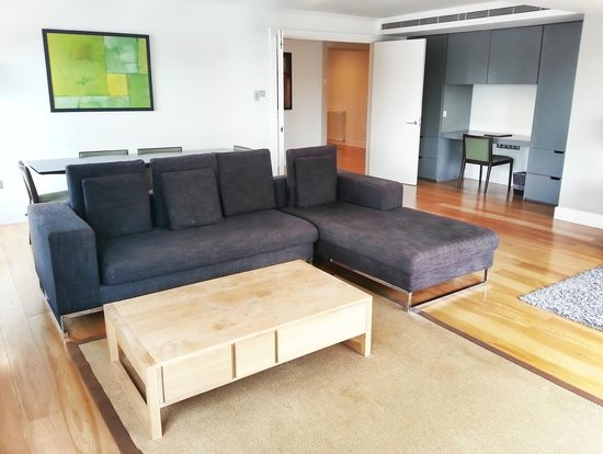 Serviced Apartments Kensington, London - Monarch House