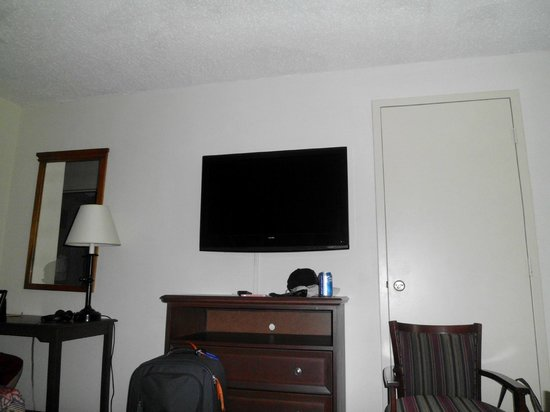 Governor's Inn - Colonial Williamsburg: room pic 4