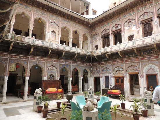 Interior in haveli picture of mandawa rajasthan