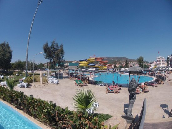 Yali Castle Aquapark - Picture of Yali Castle Aquapark ...