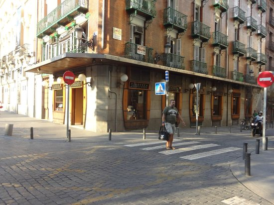 What the restaurant looks like fotograf a de vinoteca - Vinotecas madrid centro ...