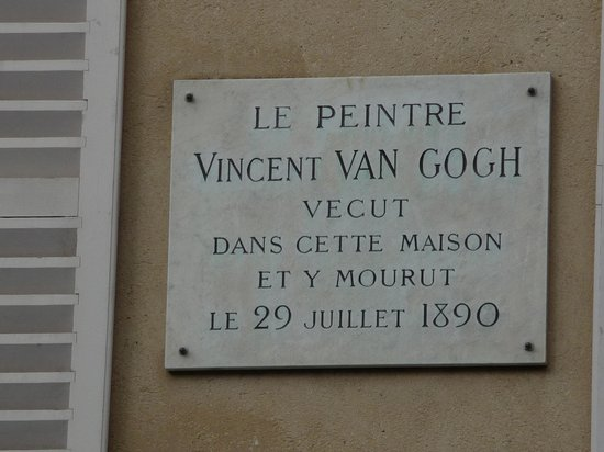 Plaque on the auberge ravoux picture of maison auberge for Auberge ravoux maison van gogh
