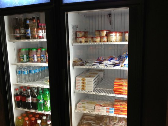 Commissary Perishable Snacks Chilled Left Frozen Right Picture Of Hilton Garden Inn Austin