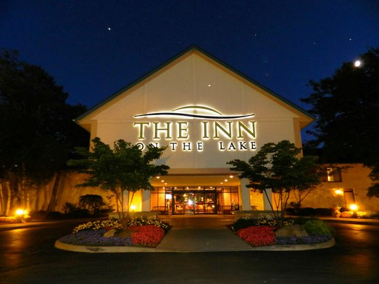 The Inn on the Lake Photo