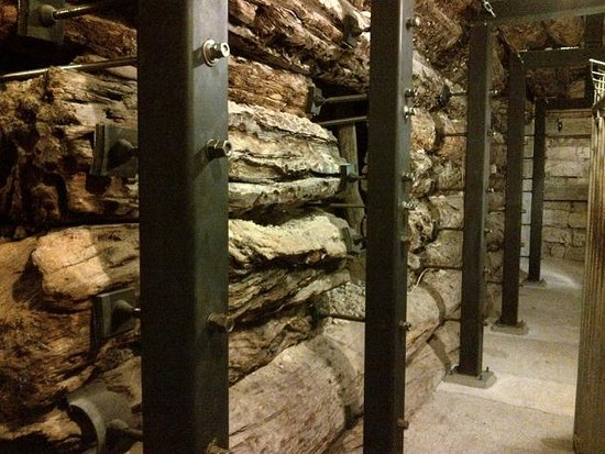 The wooden chamber - Picture of Gordion, Turkey - TripAdvisor