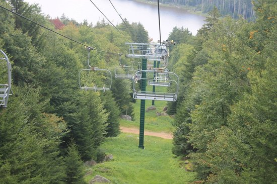 Shavers Lake & Lift Rides