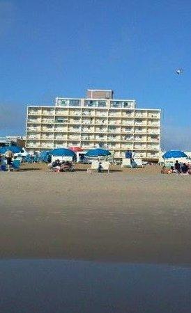 Travelodge Virginia Beach: view from oceanfront