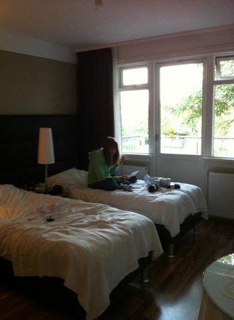 Snorri's Guesthouse: our room