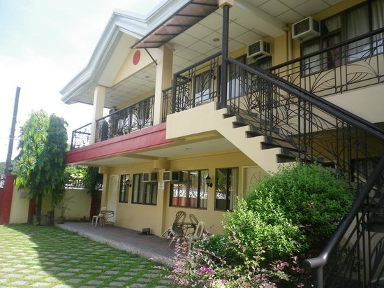 View of the apartelle picture of jogue 39 s apartelle - Apartelle in davao city with swimming pool ...