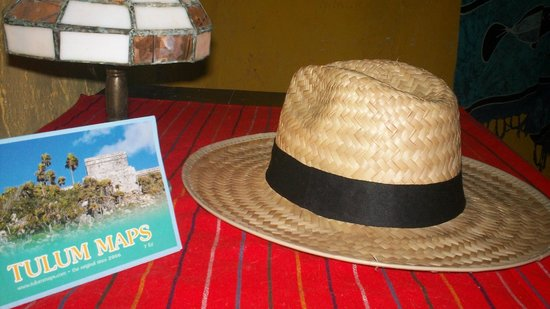Calm Cabins Tulum: Our guests get a map of Tulum and tourist information.