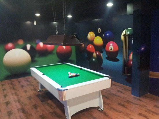 The Pool Table in the game zone. - Picture of Carnival Court